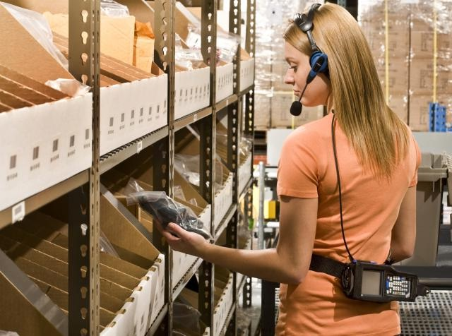 The Advantages of Voice-Directed Warehousing